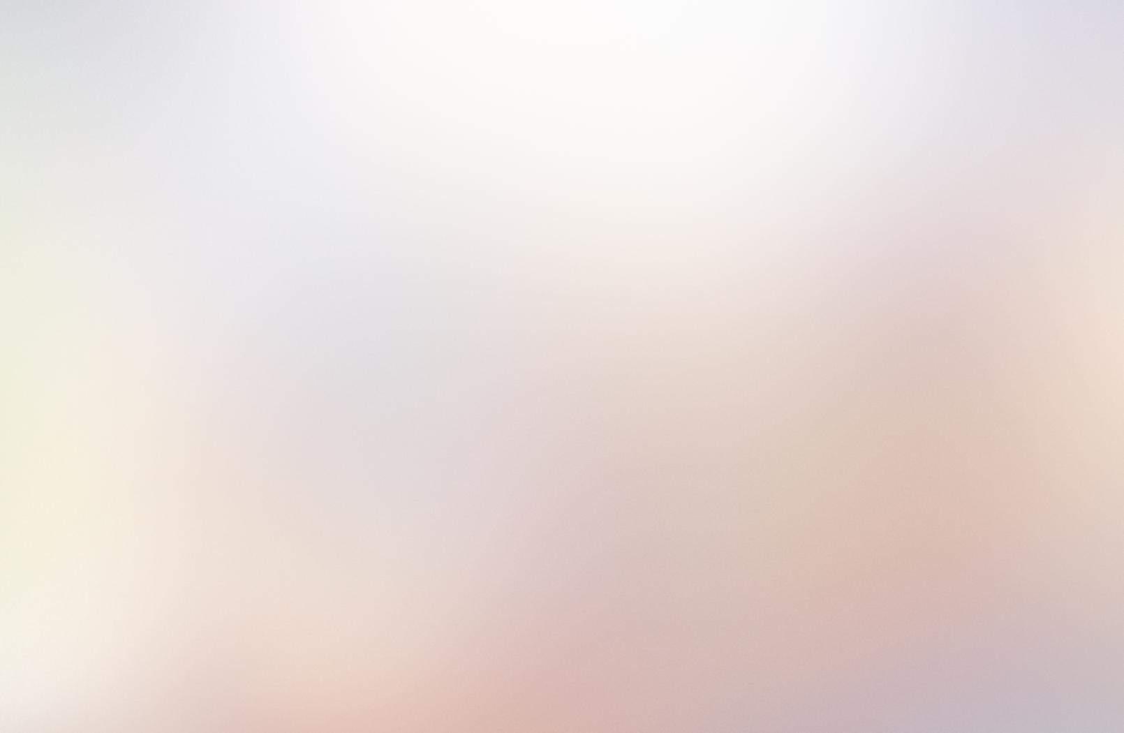 IOS毛玻璃PPT背景图片的第1张封面图片
